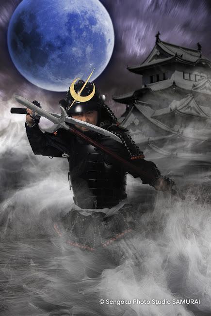 _10_moon&castle_T